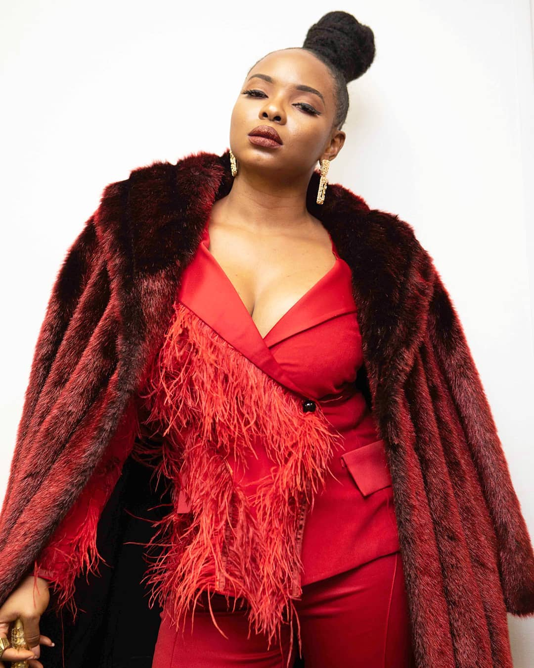 "Get the SCOOP on Yemi Alade's Upcoming Album – ""Woman of Steel"""